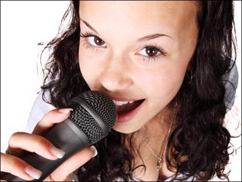 歌う人の画像