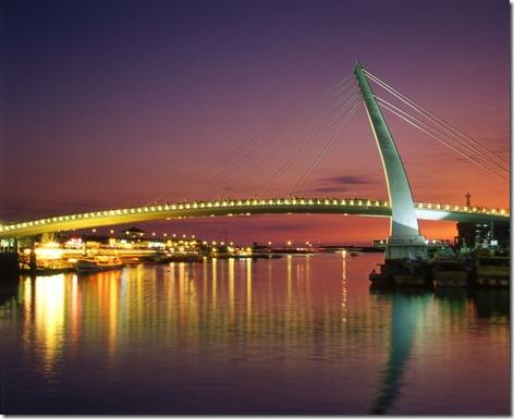 漁人碼頭 恋人橋 ライトアップ