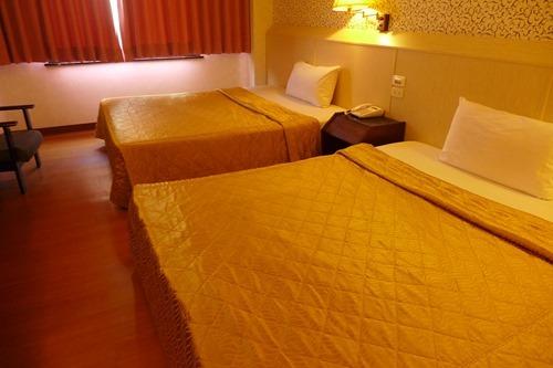 チュンチェンホテルl部屋の画像