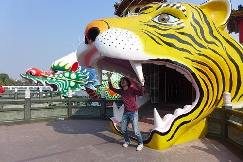 龍虎塔の虎