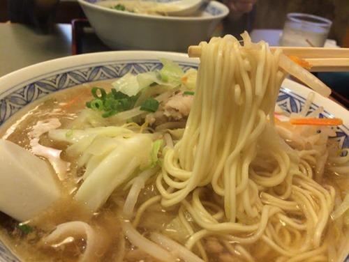 松阪 中華そば 麺