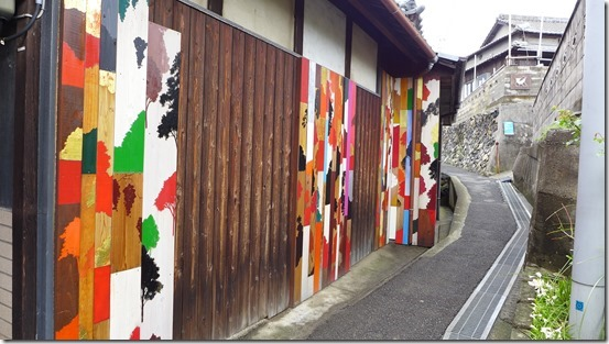 男木島 路地壁画プロジェクト wallalley/眞壁陸二